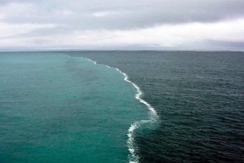 Even Oceans Fight