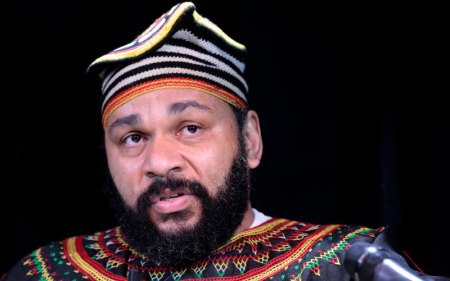 "Dieudonné Enrages French Plutocrats By Shoving The ""Quenelle Up Their Ass"""
