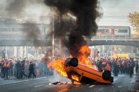 Burning Cars May Move Minds (Brussels, 11/6/14)