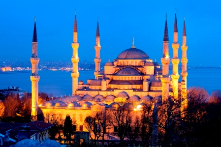 Thousands Of Mosques Are Among World's Most Beautiful Art. Blue Mosque, Istanbul