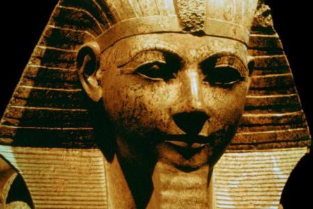 Hatshepsut Was A Great Pharaoh. She Ruled From 1479 BCE To 1458 BCE. One Of Several Great Female Pharaohs. However, Just Being Female Does Not Make Someone Great. Some Female Rulers, From China, To France, To Yucatan, Were Nasty Civilization-Destroying Plutocrats